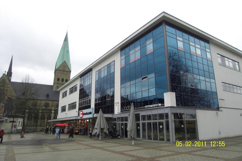 Bochum-Wattenscheid, Gertrudisplatz Umbau Eines Geschäftshauses Baujahr: 2004/Nutzfl.: Insg. Ca. 12.900 M²