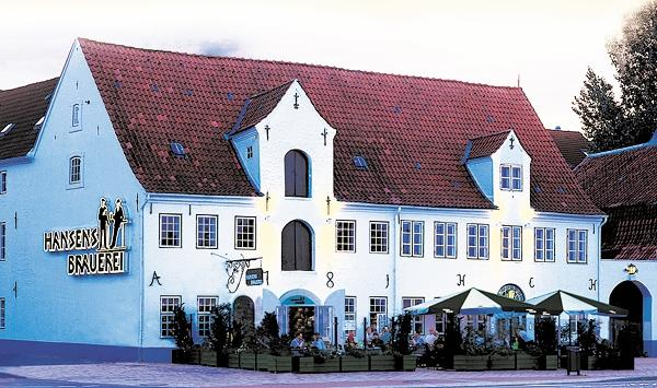 Flensburg, Umbau Rumfabrik Zur Gasthaus-Brauerei Baujahr: 2003 / Nutzfläche: Ca. 1.000 M²