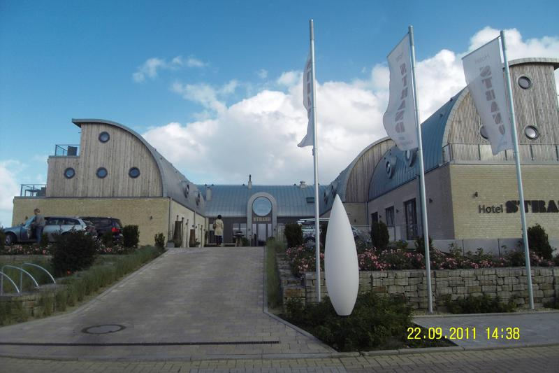 Sylt/List Neubau eines Wassersport-Hotels Baujahr: 2010 / Nutzfläche: ca. 2.300 m²