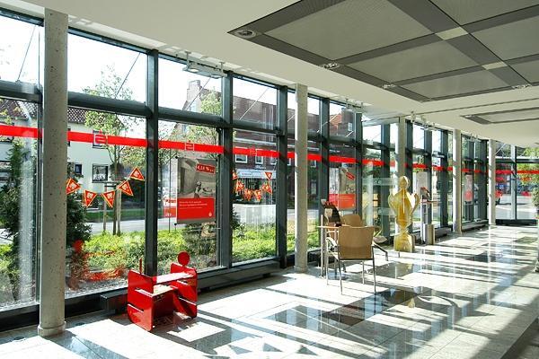 Flensburg Sparkassse EG-Entkernung Und Fassadensanierung Baujahr: 2001 / Nutzfläche: Ca. 1.000 M²