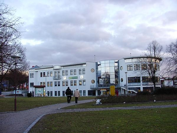 Sangerhausen, Schützenplatz Neubau Eines SB-Warenh. M. Bürgerh. Baujahr: 1999 / Nutzfläche: Ca. 6.900 M²