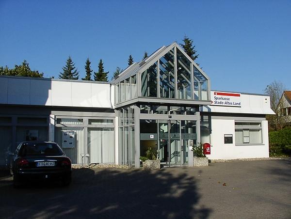 Stade/Wiepenk., Alte Dorfstraße Neu-/Umbau Zweigst. Stadtsparkasse Baujahr: 1992